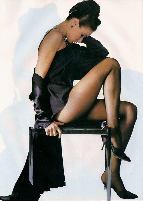 """Serie Noire"", ELLE France, December 1988Photographer: Alex ChatelainModel: Carla Bruni"