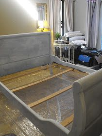 Howdy ! How's your weekend going?  I received SO many nice comments on Kricket's  bedroom that today I thought I would share   with you my ...