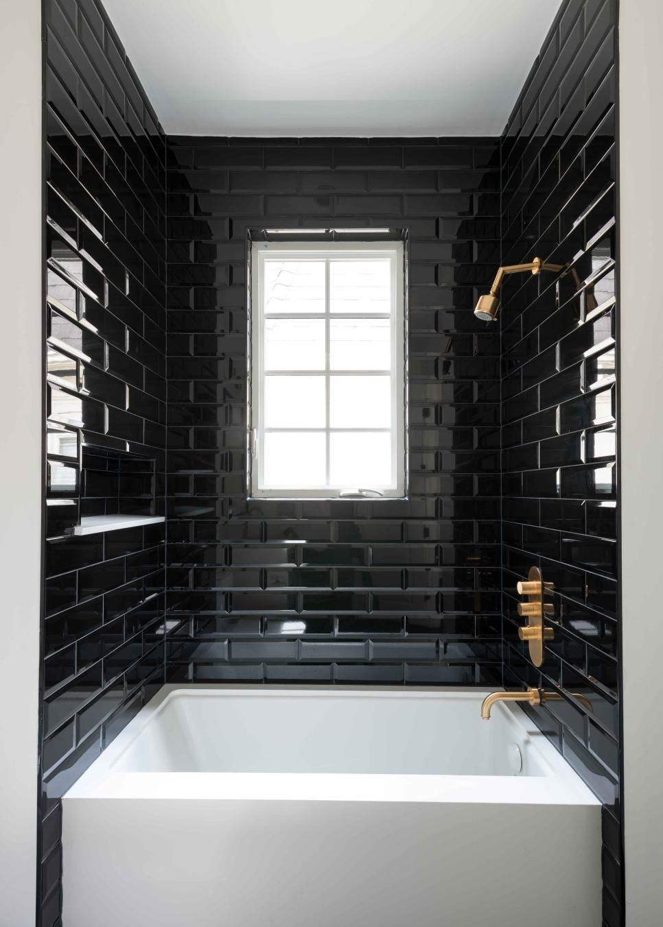 Dramatic Black And White Bathroom Black Tile Bathrooms Black