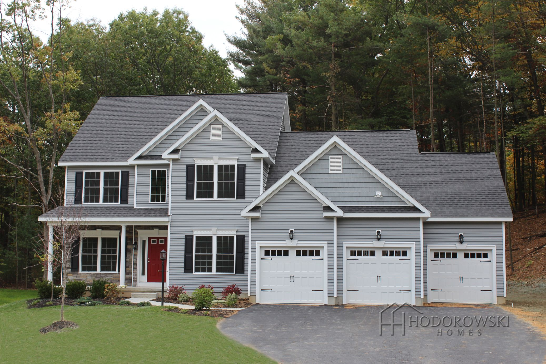 A beautiful saratoga b model house with granite grey for Sterling house