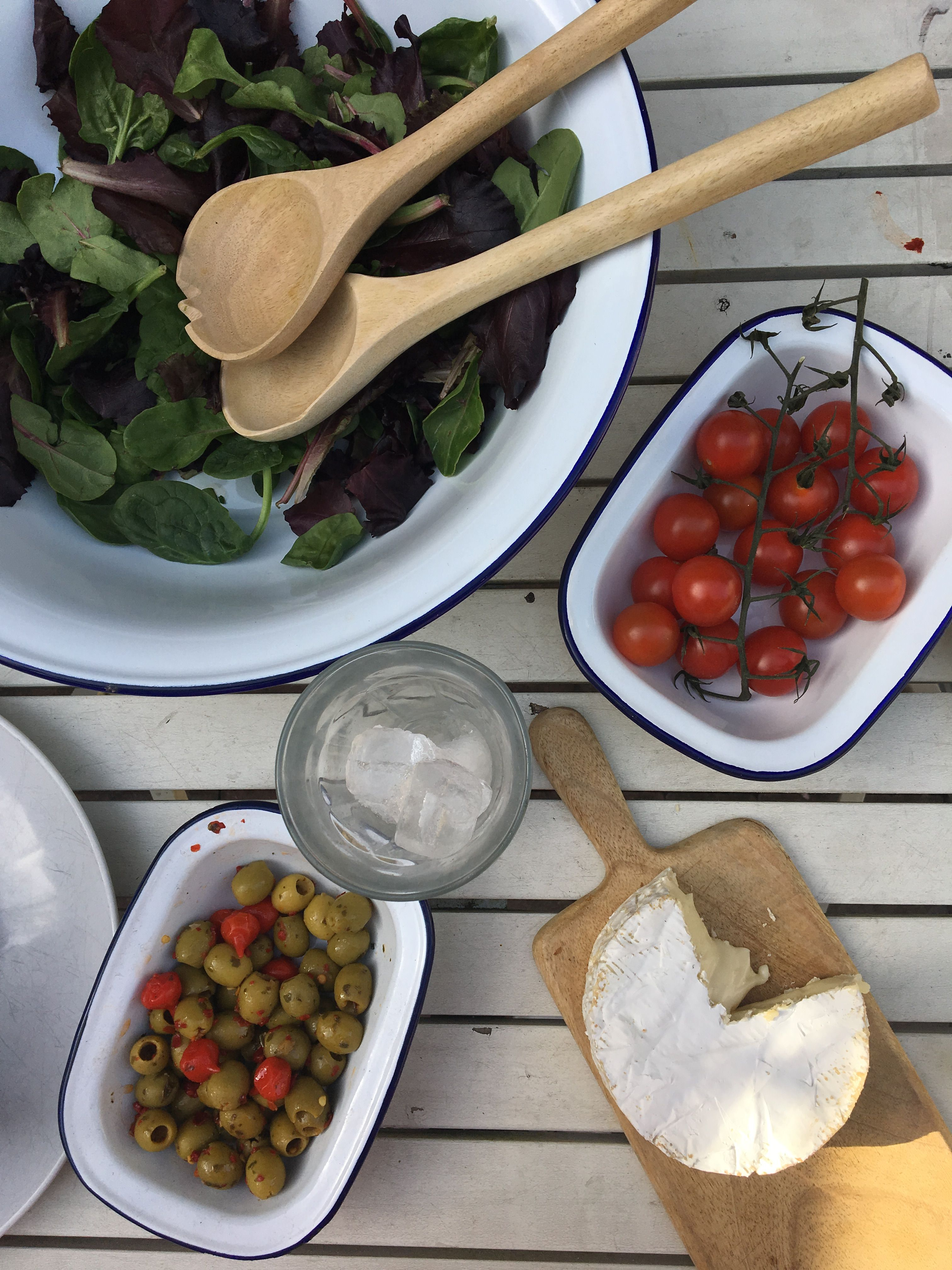 How we use our enamel dishes every day - summer recipes ...