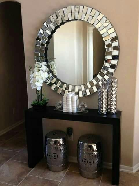 Fancy Mirror With Accessories To Match