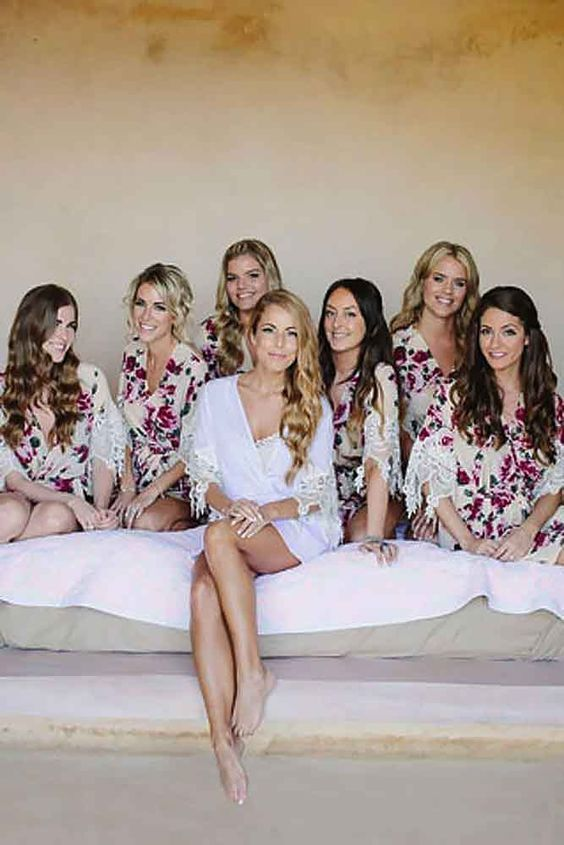 Getting Ready Wedding Photos With Your Bridesmaids 6 Http Www Deerpearlflowers
