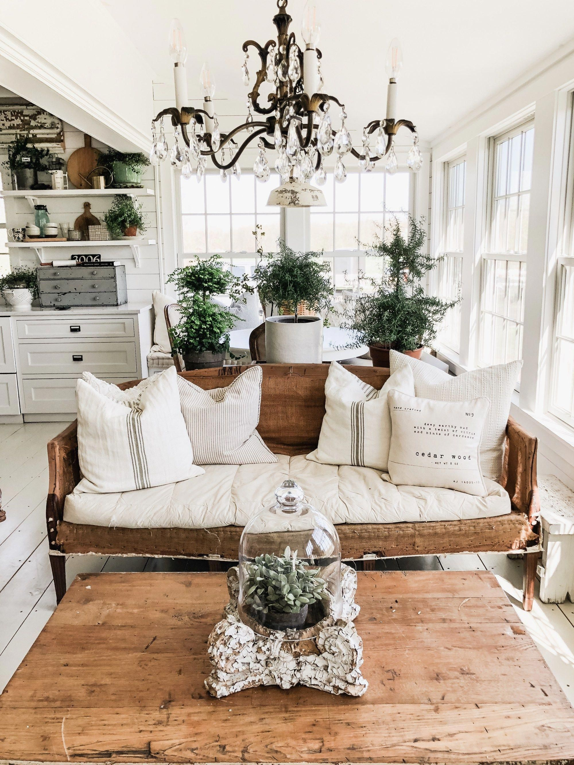 Early Summer Home Tour Liz Marie Blog livingroomdesigns
