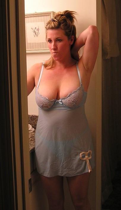 Atractivo Sexy peludo esposa grasa desnudo negro