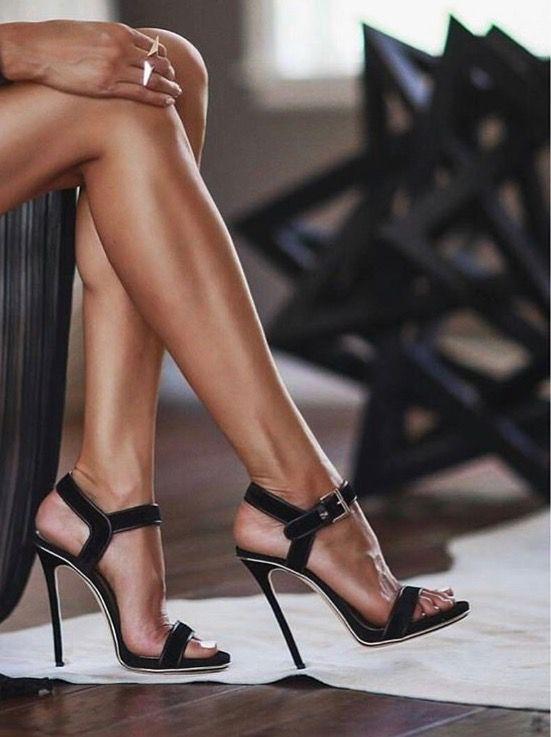 Pin de Maria Henriques en Zapatos   Pinterest dama   Zapatos, Zapatos dama Pinterest 7fdb8f