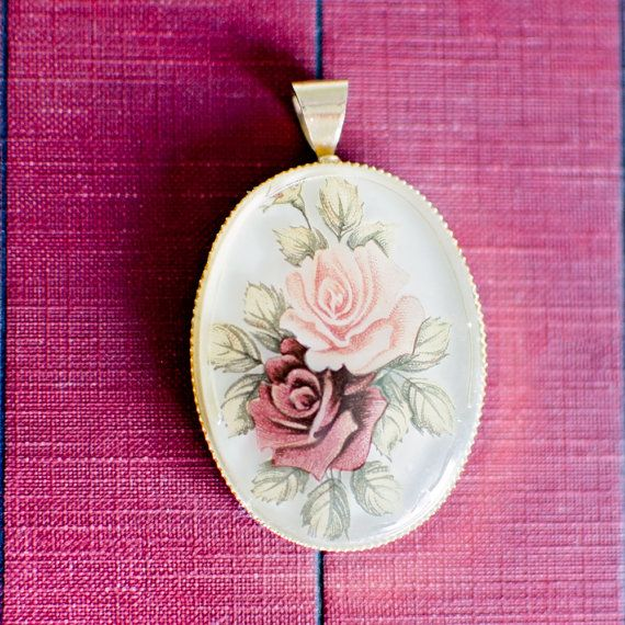 Vintage Pink Floral Roses Pendant with Gold Finish