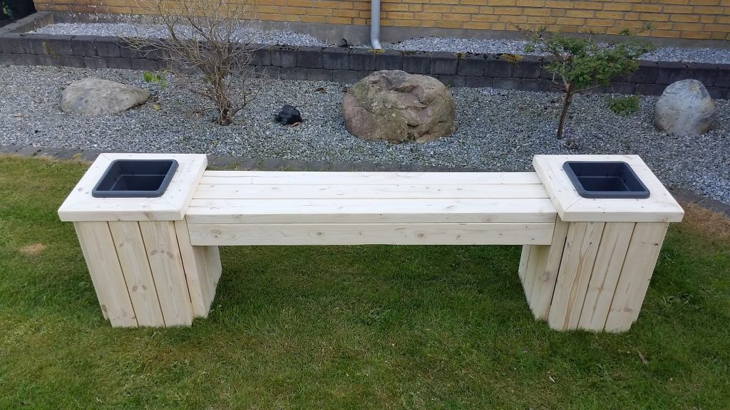 Planter Bench Plans Built With 2x4 S Free Pdf Construct101 Planter Bench Diy Bench Outdoor Bench Plans