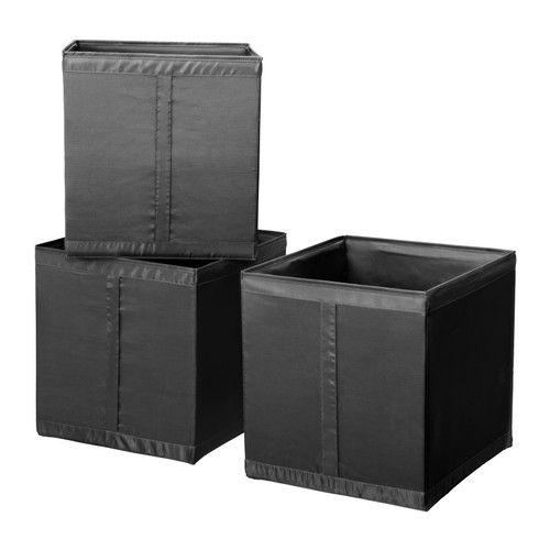 IKEA - SKUBB, Fach, schwarz, , Mit seitlichem Griff für einfaches Herausziehen und Umstellen. Alle drei Fächer passen nebeneinander in einen 100 cm breiten Korpus.Wenn das Fach nicht benötigt wird, kann der Reißverschluss geöffnet und das Produkt flach zusammengefaltet verstaut werden.