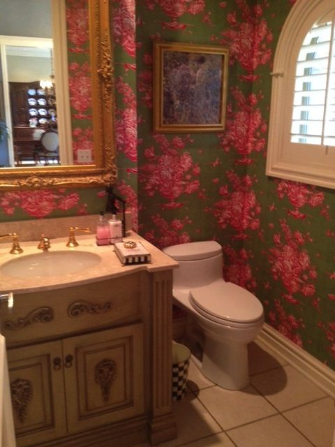 Powder Bath Pierre Deux Gardenia Green Pink Wallpaper Black White Stripe On