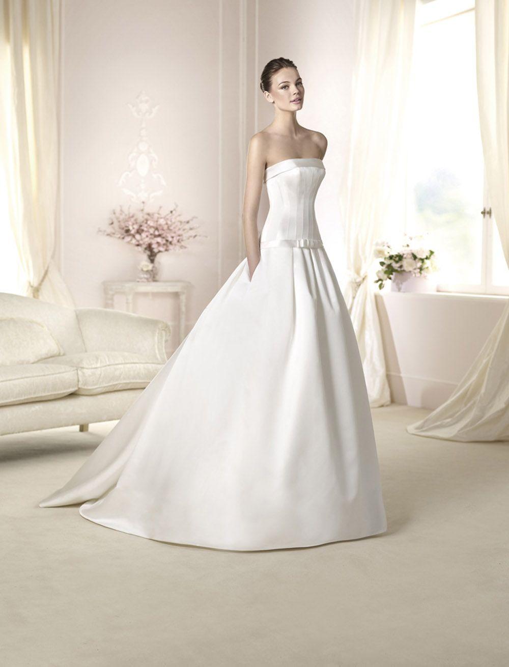 TRENDY W ONE-73 abiti da sogno, per #matrimoni di grande classe: #eleganza e qualità #sartoriale  www.mariages.it