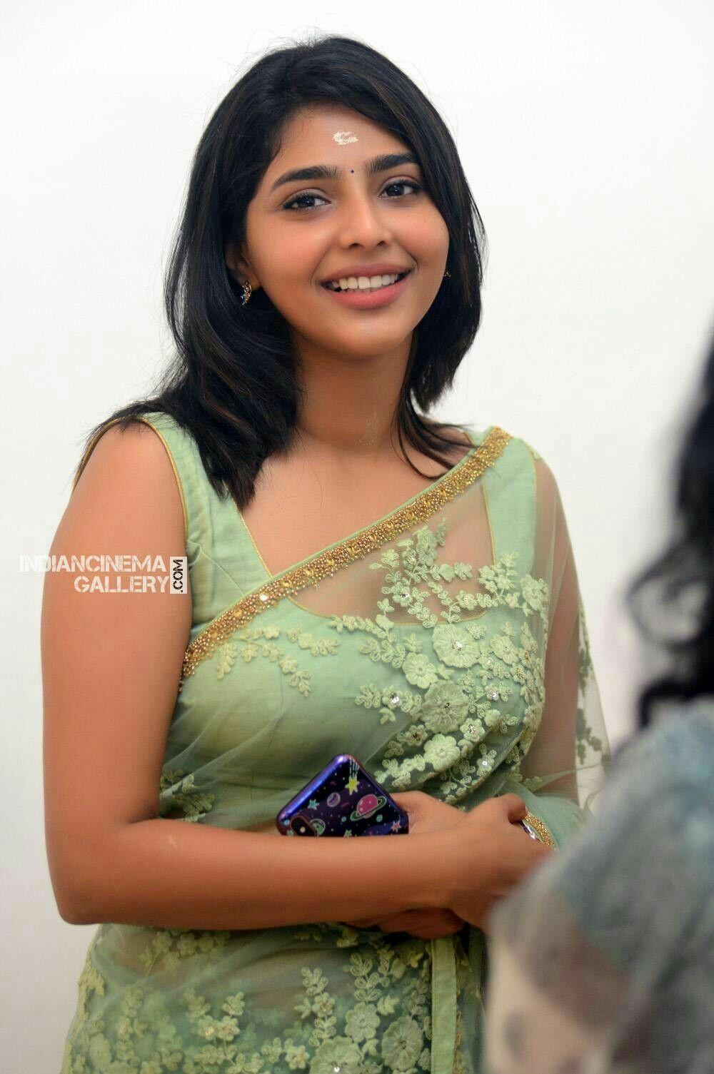 Aishwarya Lakshmi  Sip Beauties In 2019  Saree -5703