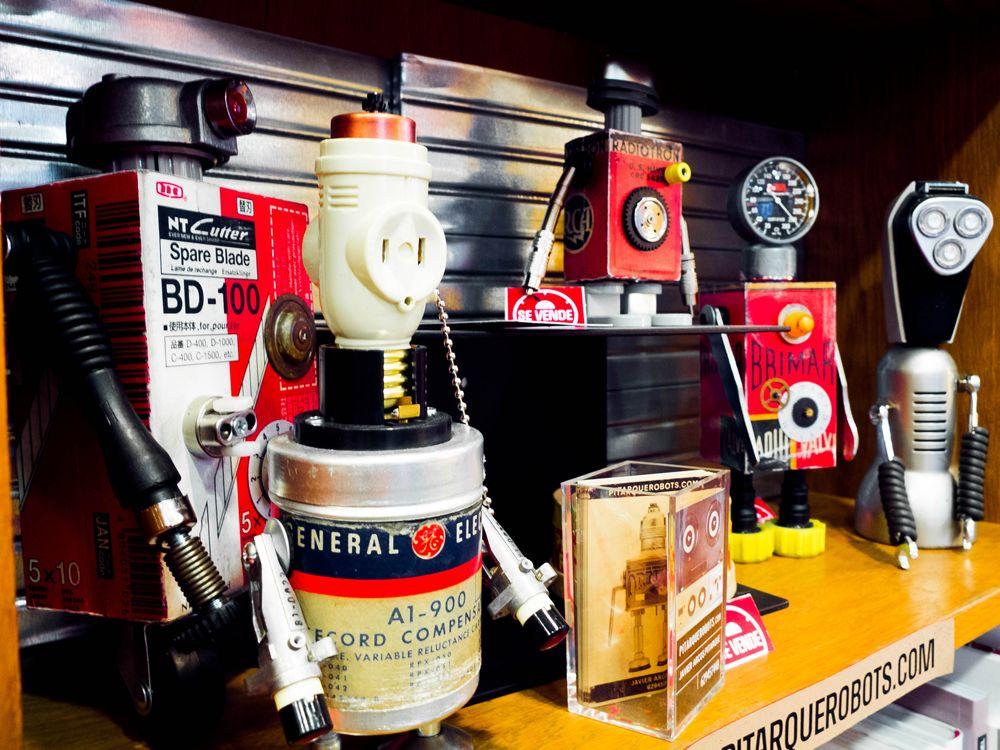 Pitarque Robots: únicos, 100% hechos a mano y con las piezas más originales que se pueden encontrar.