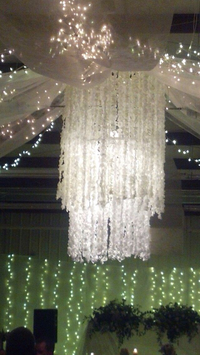 Hula hoop chandelier diy wedding chandelier 8000 roses sewed hula hoop chandelier diy wedding chandelier 8000 roses sewed together on hula hoops aloadofball Images
