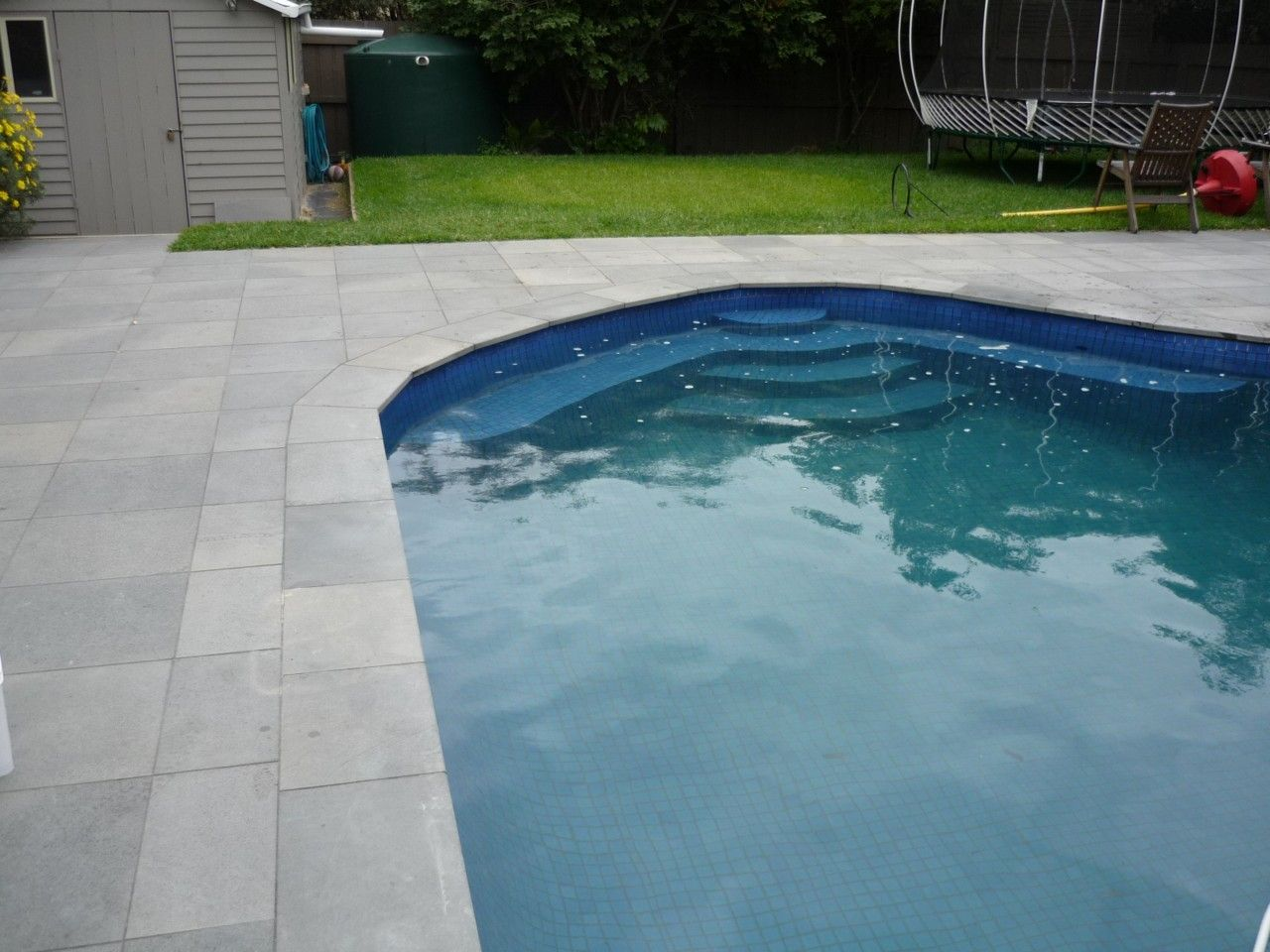 concrete stone pool coping bullnose