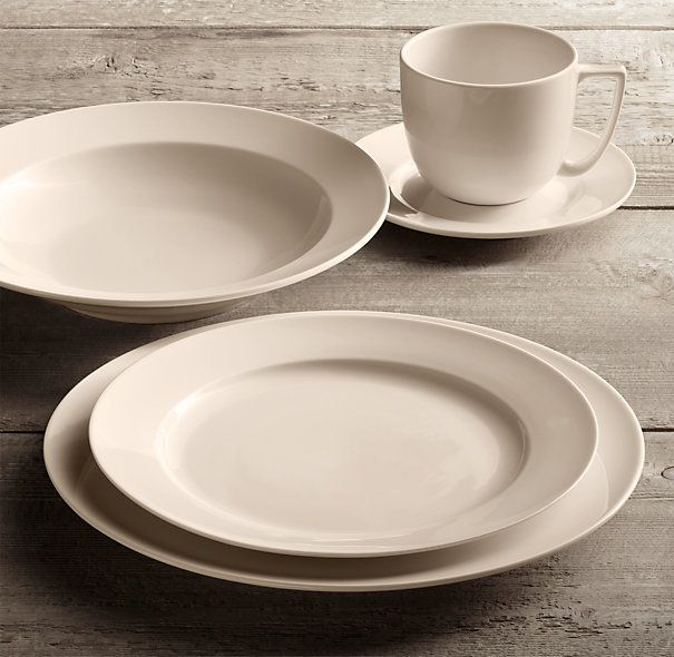 Chinese Porcelain Grand Rimmed 20 Piece Dinnerware Set With Grand Rimmed Soup Bowl Com Imagens Talheres