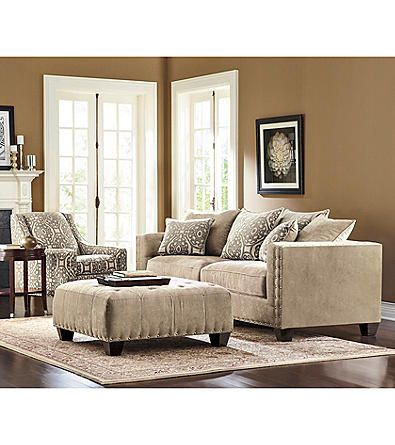 HM Richards Dynasty Living Room Collection | Carsonu0027s
