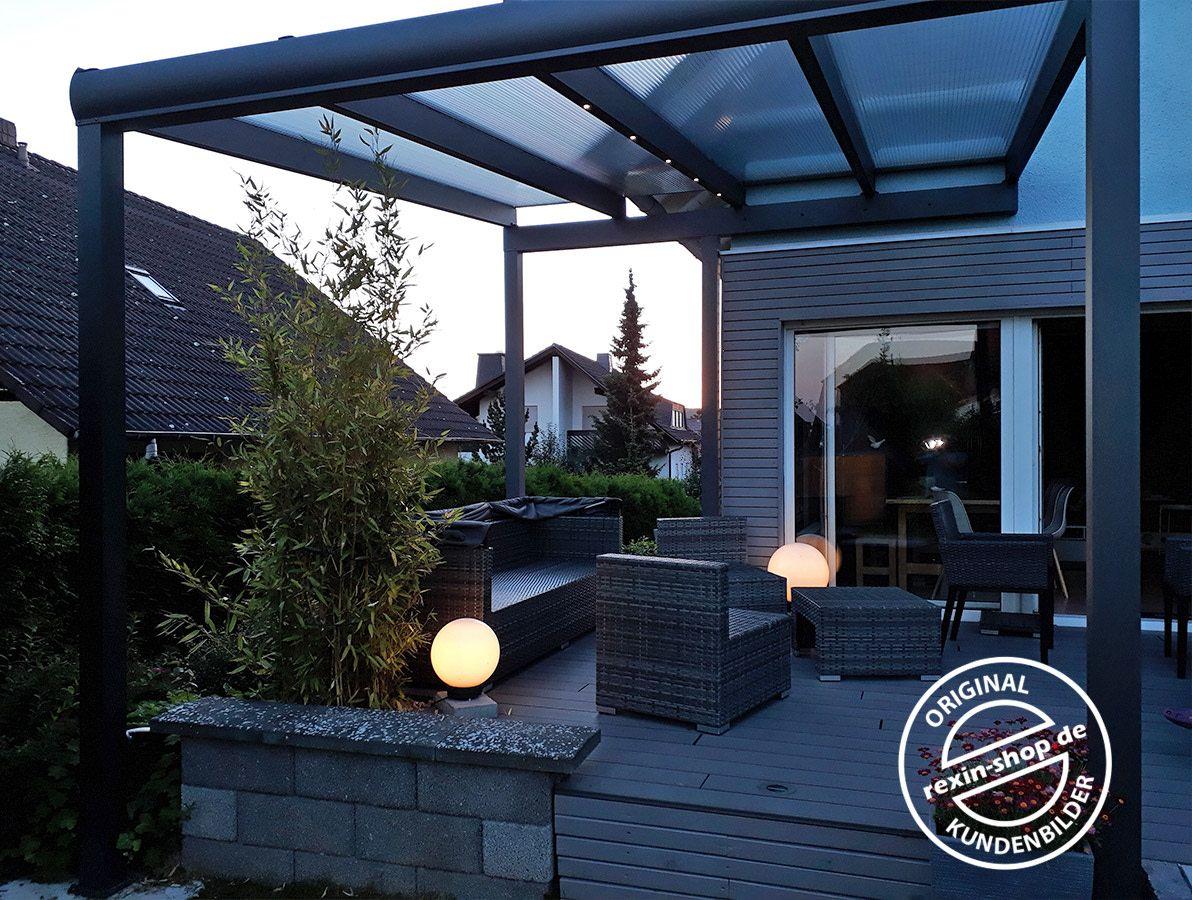 Ein Individuelles Terrassendach Fur Eine Individuelle Terrasse Mit Einem Standerwerk Wurde Dieses Alu In 2020 Uberdachung Terrasse Terrassenuberdachung Terrassendach