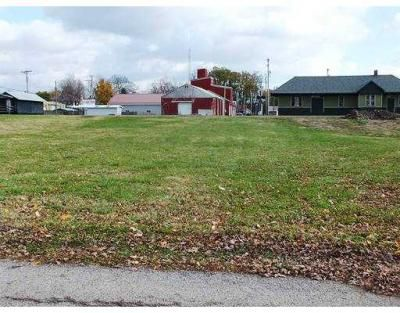 Located within the corporation limits, this in-town residential lot has an E. Buckeye address on the tax card, but has an address of 305 W. Vine St. Although not hooked into the city water tap, utilities available include municipal water, county sewer and public electric and natural gas. Motivated seller and willing to do land contract! MLS# 353226 305 W VINE ST., Belle Center, OH 43310 - Belle Center Real Estate #ZimmermanRealty