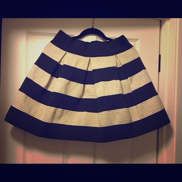 Xhilaration Gold & Black Skater Skirt Stretchy and fits L/XL/XXL. Gold and black material. Only worn once. Xhilaration Skirts Circle & Skater