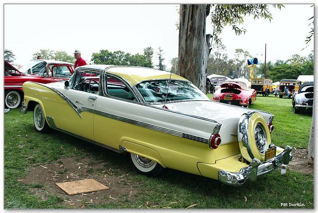 1956 Ford Fairlane Crown Victoria Skyliner 2 Door Coupe White Over Yellow Rvl Ford Fairlane Ford Classic Cars Fairlane