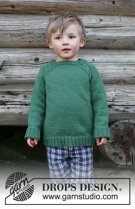 Pull au tricot pour enfant avec emmanchures raglan et torsades ...