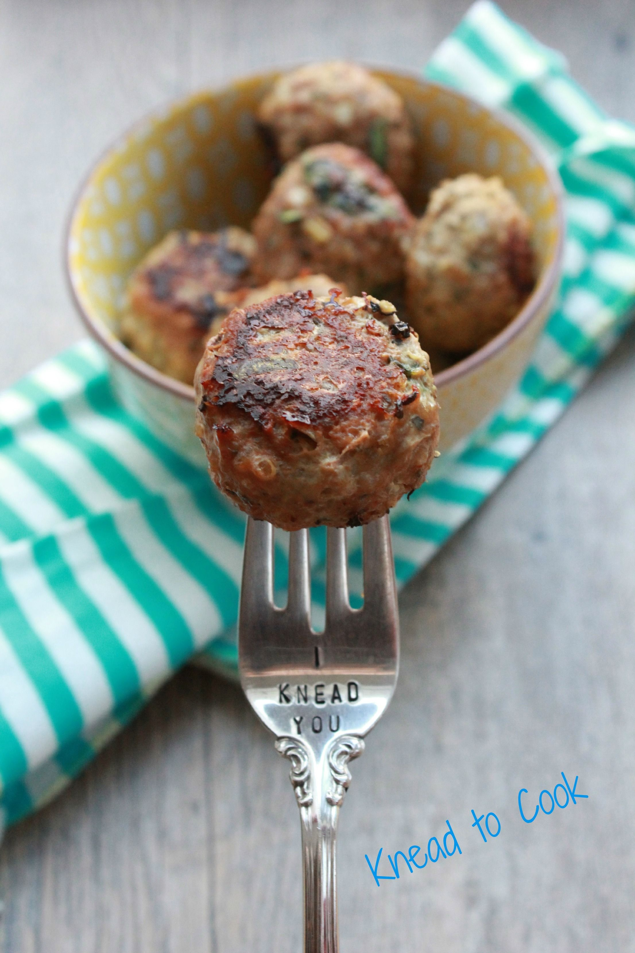 Baked ground turkey, spinach and quinoa meatballs