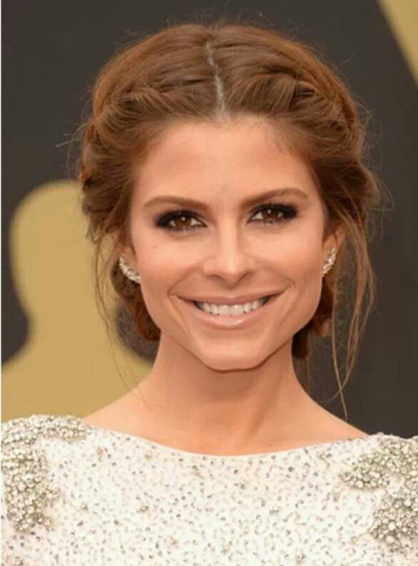 Loose Braids Low Bun Gorgeous Hair Styles Maria Menounos Hair Bridesmaid Hair