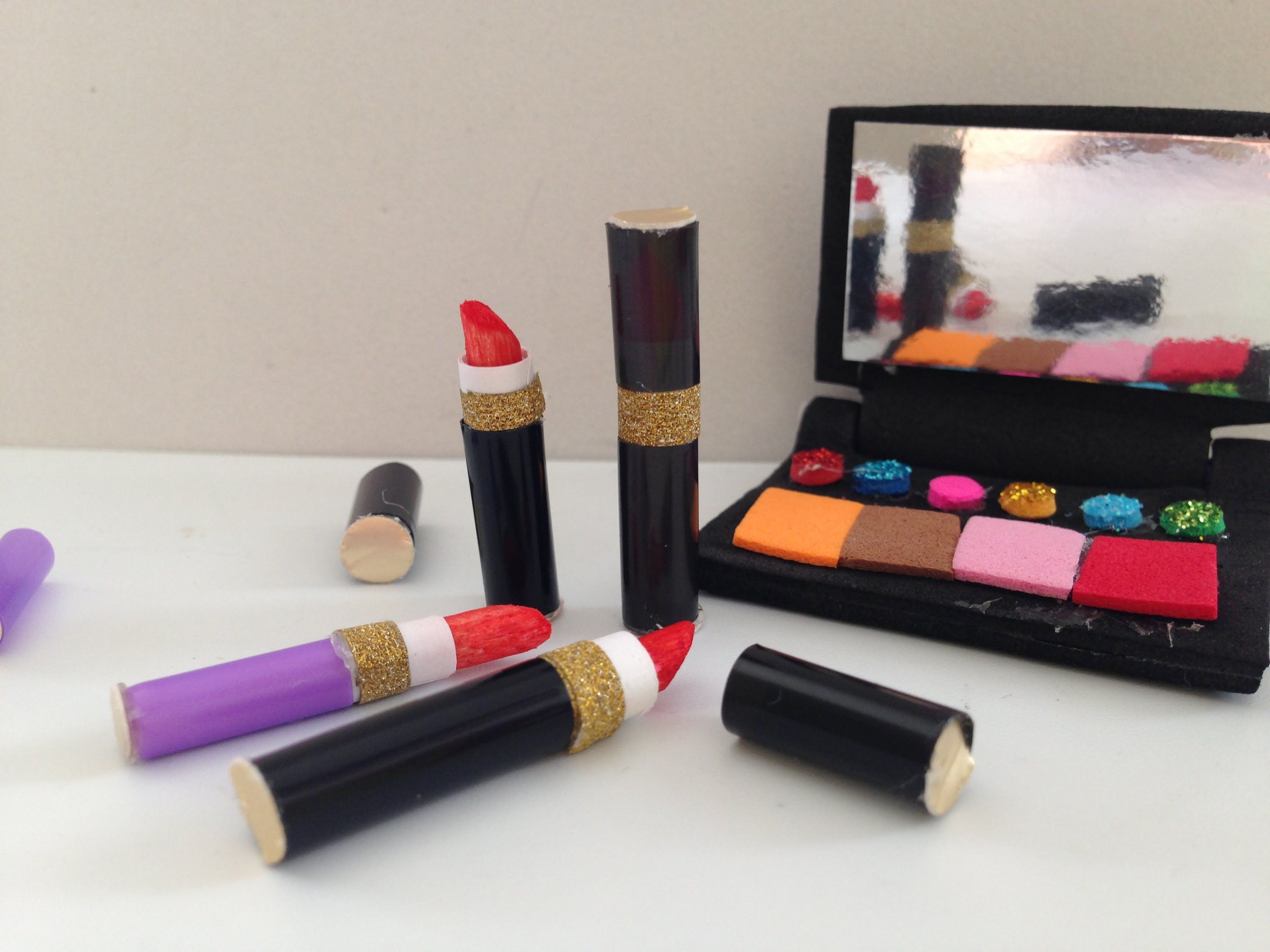 How to make Doll Lipstick doll makeup American girl