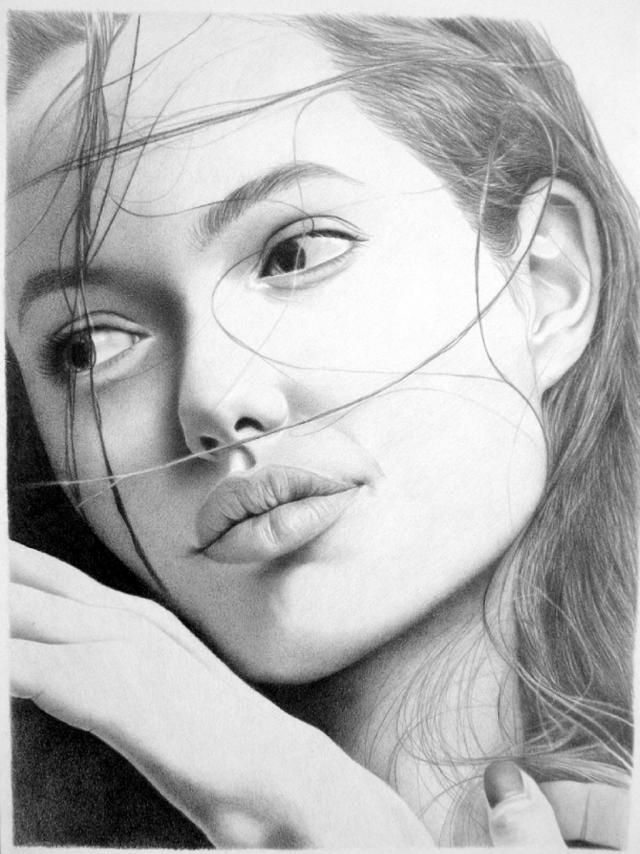 25 Beautiful and Realisitc Face Drawings from around the world