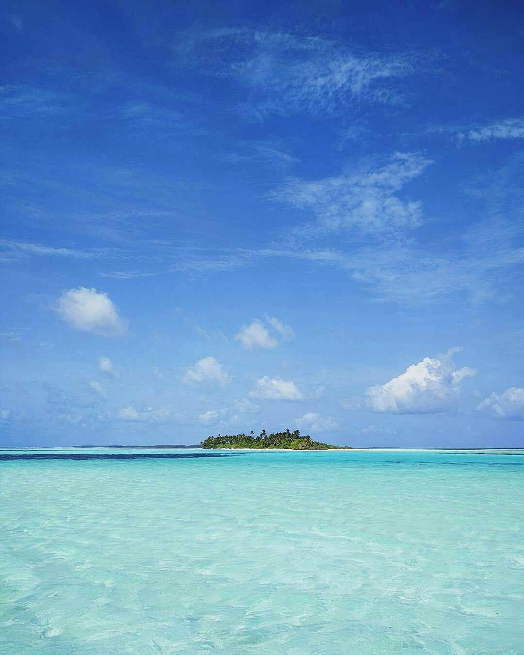 The Maldives Islands Maldives Photo Ismailnathij Holidays Turquoise Blue Vacation Stayinspired Travel Island Indianoce Mar Y Playa Dia De Playa Playa