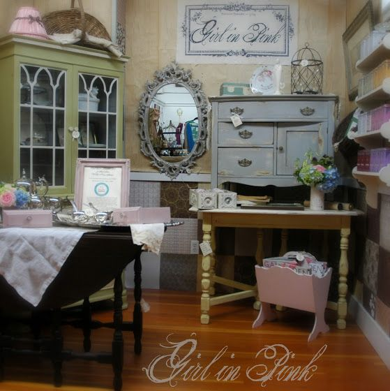 One Girl In Pink: Cottage Kitchen Table Redo