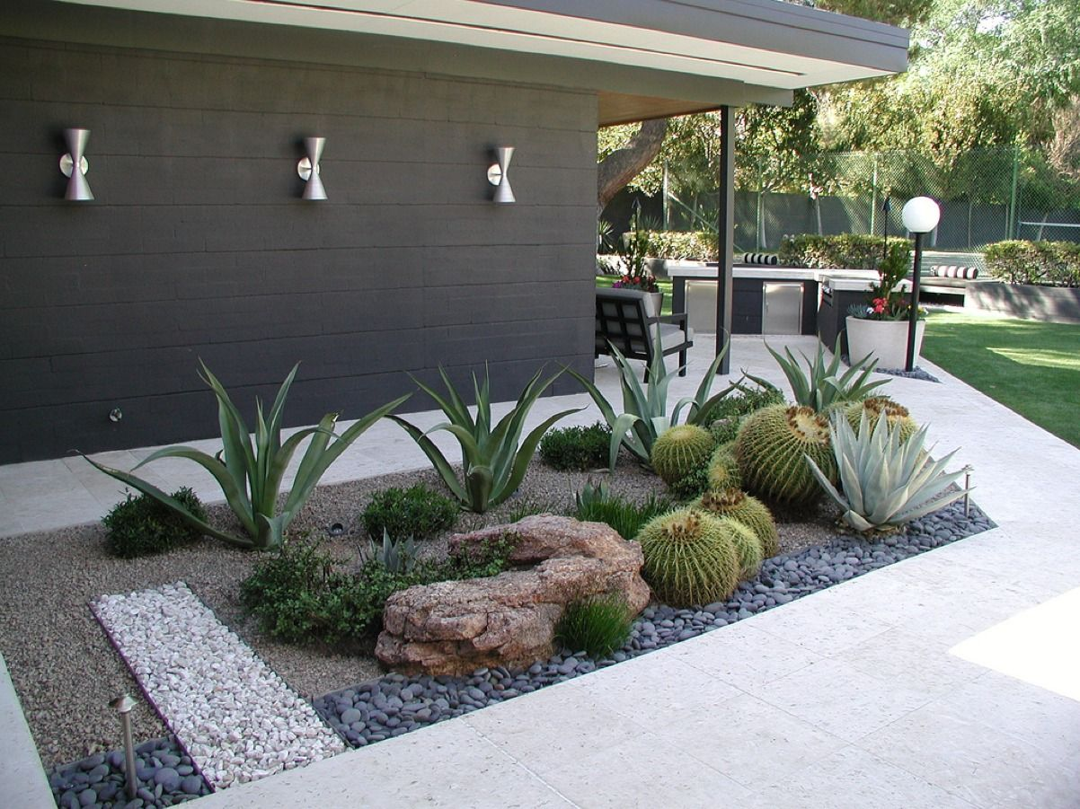 Contemporary low water garden outdoor living for Garden ideas for large areas