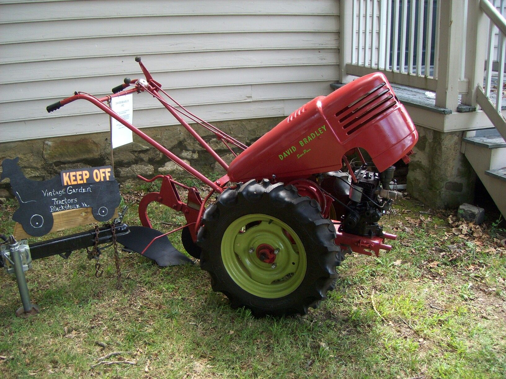 David Bradley Tractor Antique Engines And Equipment Pinterest Tractor And Engine