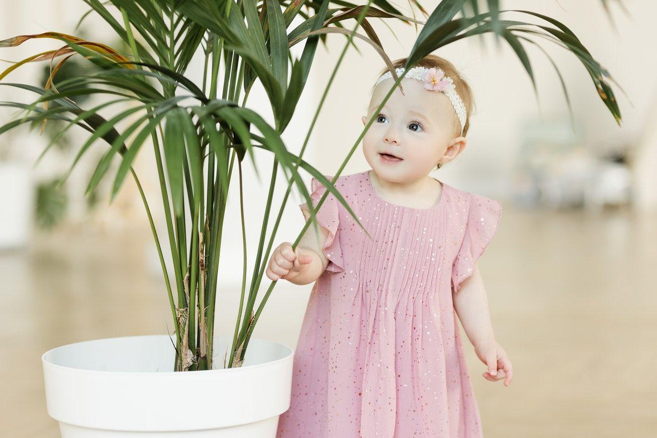 أسماء بنات فرنسية ومعانيها 2021 وصفاتها موقع مصري In 2021 Cute Baby Girl Pictures Cute Baby Girl Wallpaper Very Cute Baby