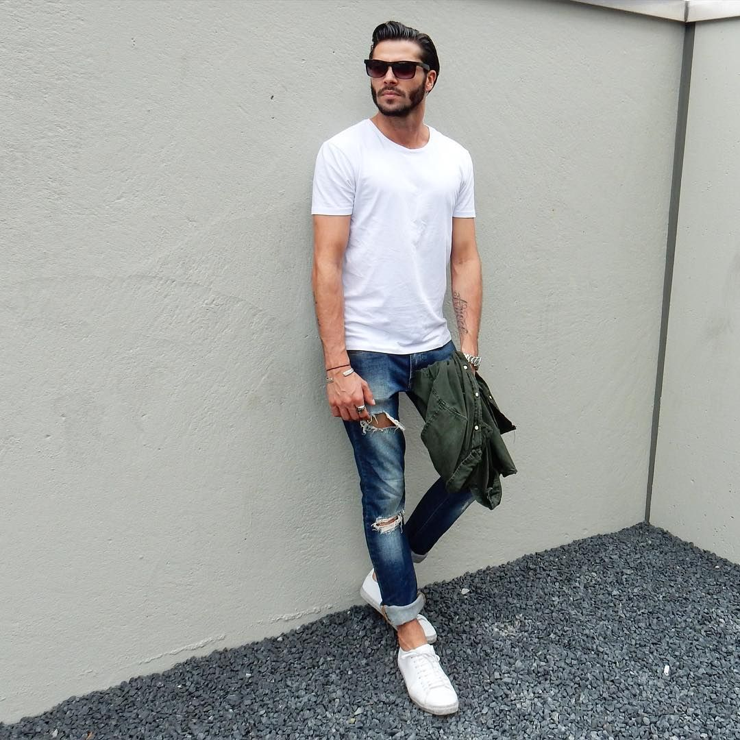 7 Ways To Wear Your Basic White T Shirt Like A Fashion Blogger