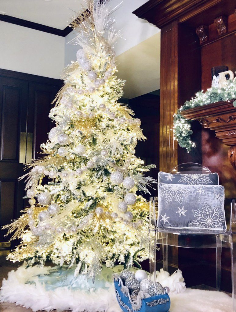 """The """"Stars in the Sky"""" PreLit Christmas Tree with White"""