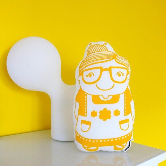 Sunny yellow wall <3