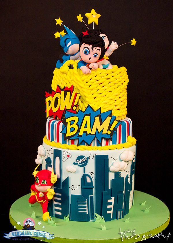 The Best Baby Shower Cake Features Tiny DC Comics Characters Geek