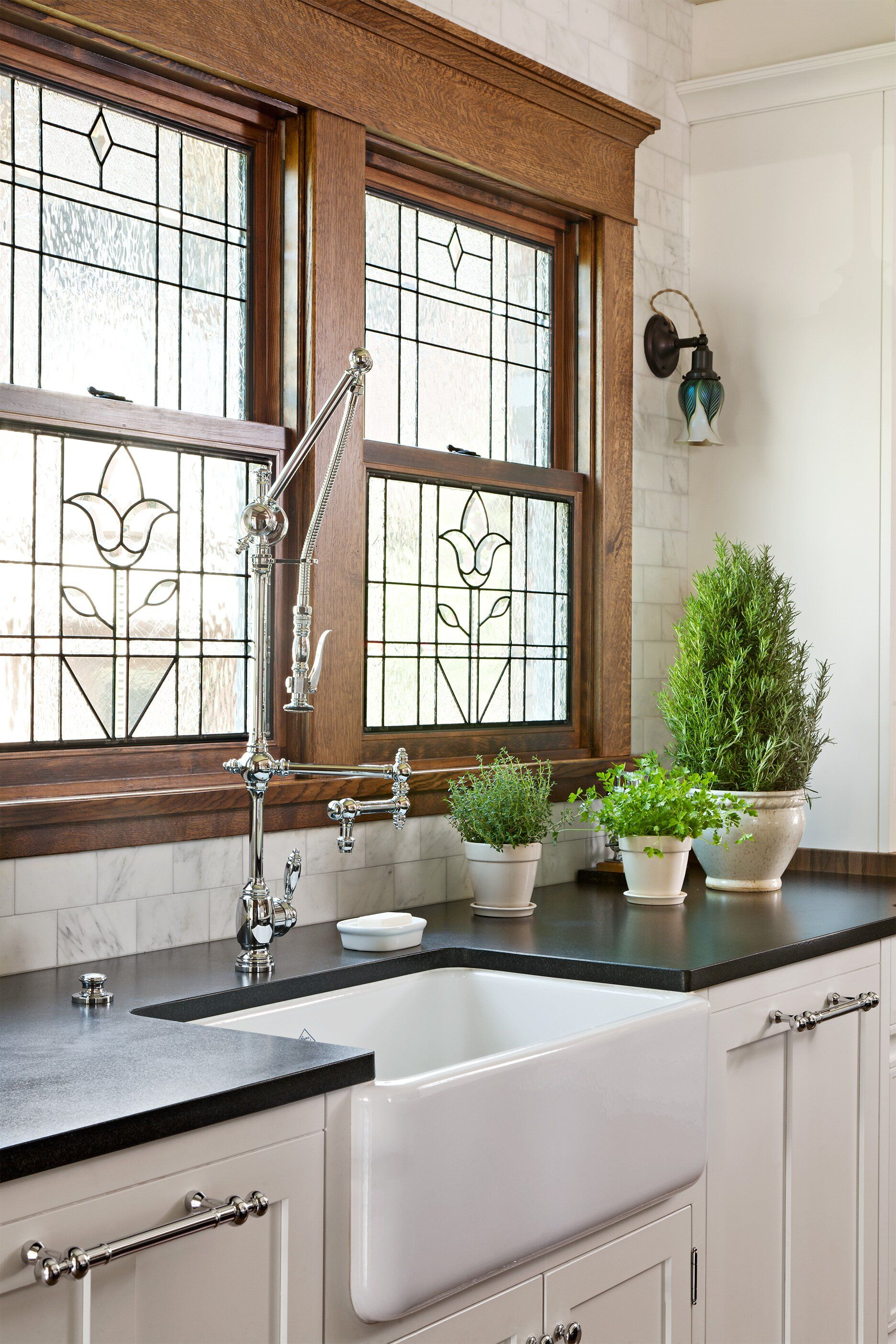 17 Rustic Window Treatments You'll Want to Try Now in 2020 ...