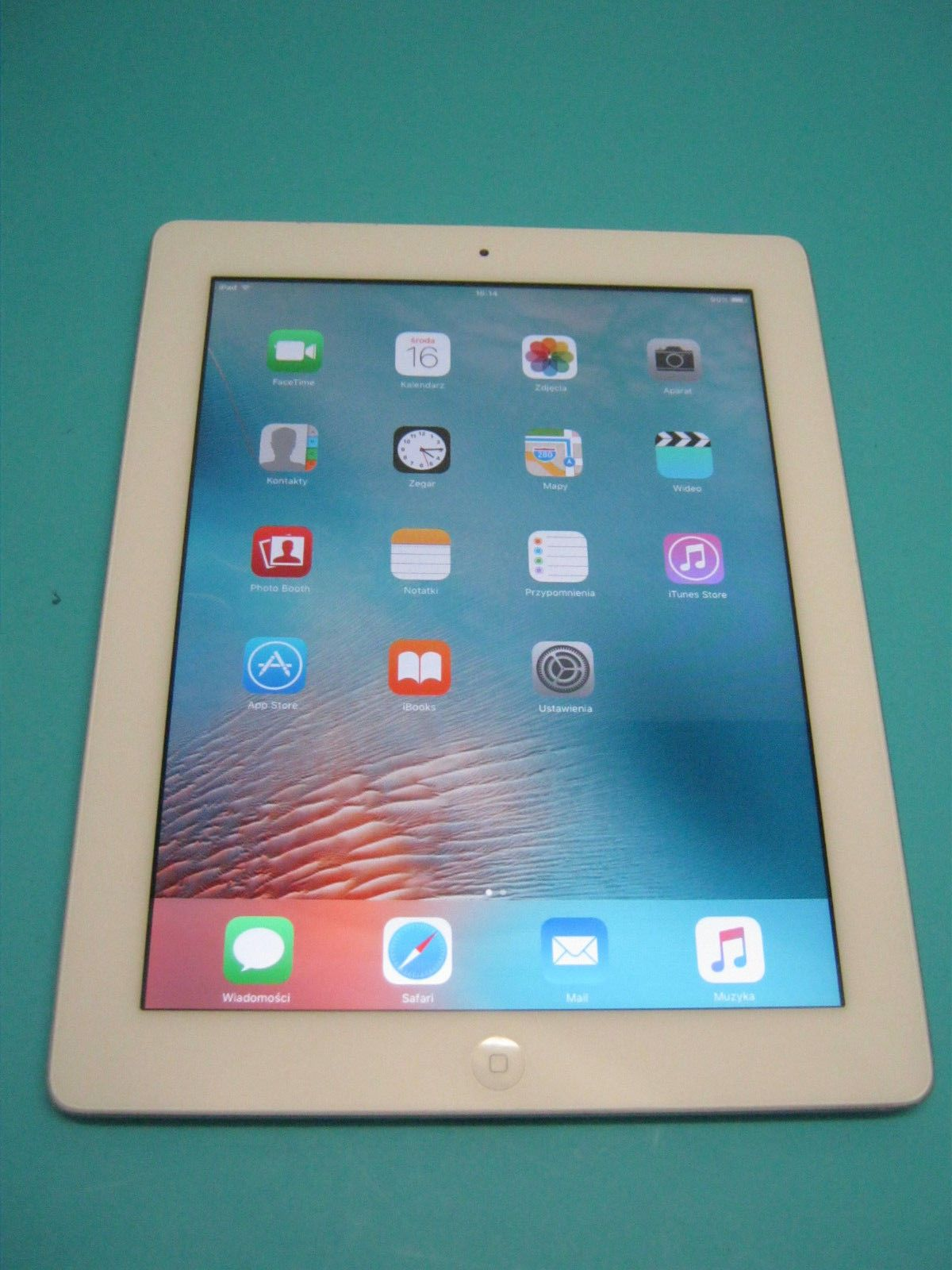 Apple iPad 2 A1395 16GB White Wifi -Excellent MC979LL/A 2012 https://t.co/LIgsiMA5KX https://t.co/qyAPSJsTnQ