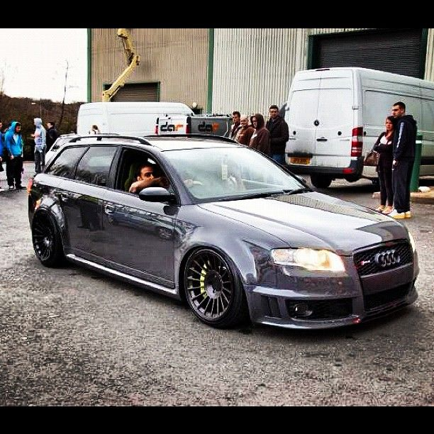 Audi RS4 Wagon.. These Are So Dope..