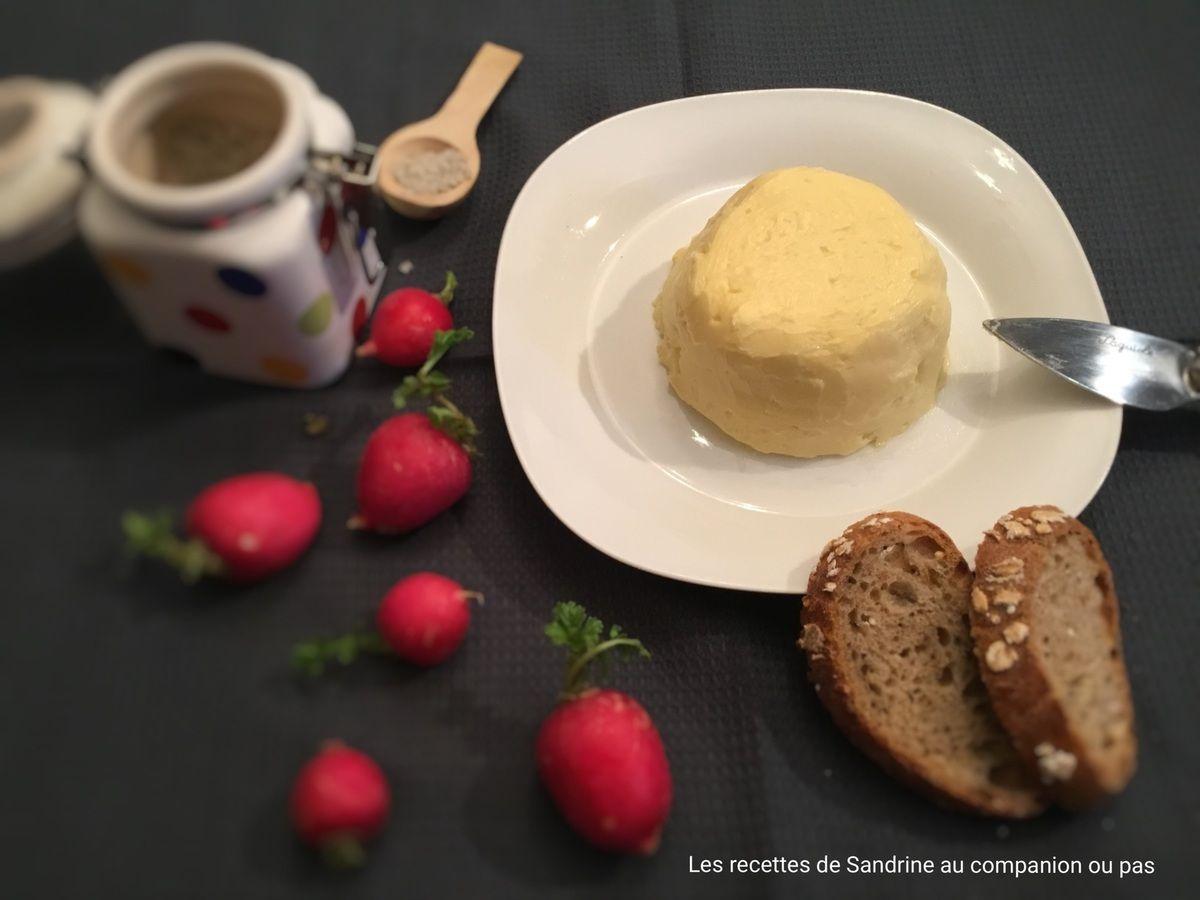 Faire son beurre maison recette facile et rapide au - Cuisiner tous les jours avec thermomix ...