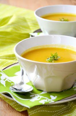 Karamellizált hagymás sárgarépa-krémleves Tipikus Flammeres: Csak nem múlik a torokfájás