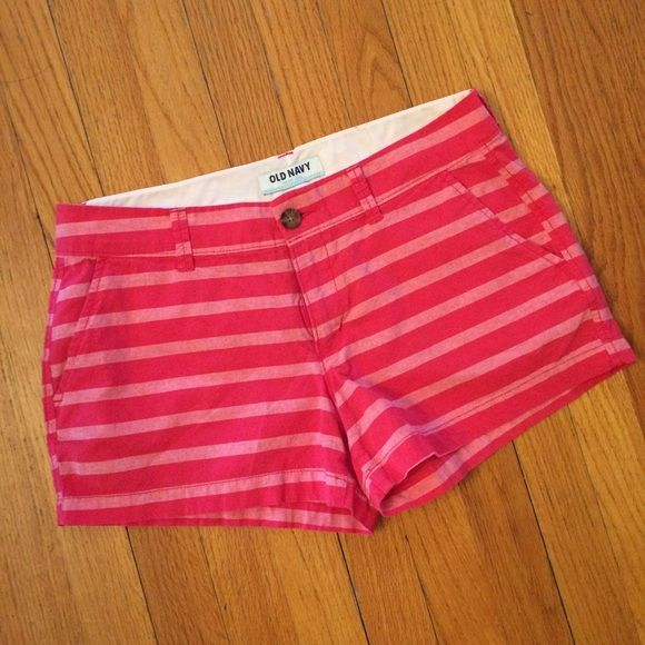 "Pink Striped Shorts from Old Navy Bright pink chino shorts from Old Navy that are in like new condition. Size 4, they fit true to size. Flat back pockets. 3"" inseam. Make an offer or Bundle for a discount! Old Navy Shorts"