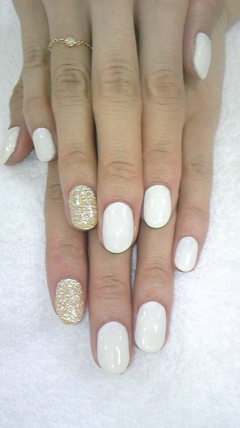 Tendencia de primavera: 16 diseños de uñas blancas que te encantarán