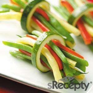 Paquete de verduras: http://www.srecepty.es/receta/paquete-de-verduras