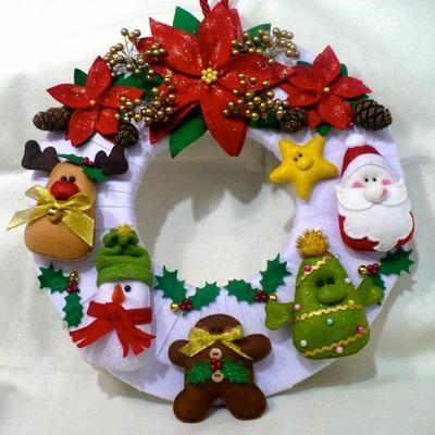 Cojines navide os decorados con fieltro christmas - Coronas navidenas de fieltro ...
