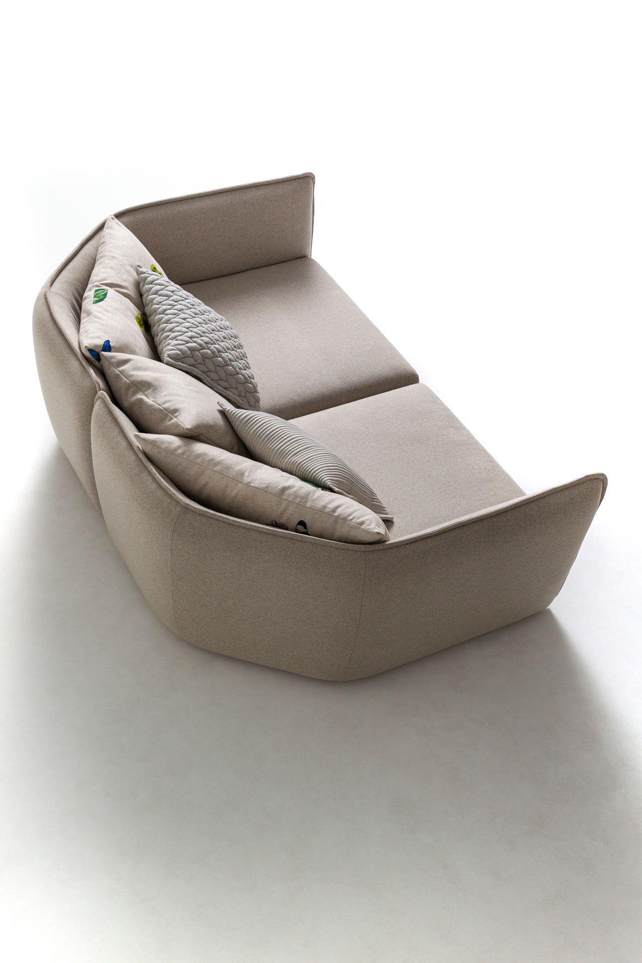 Incredible A Unique Sofa By Patricia Urquiola To Mark Her 20Th Interior Design Ideas Skatsoteloinfo