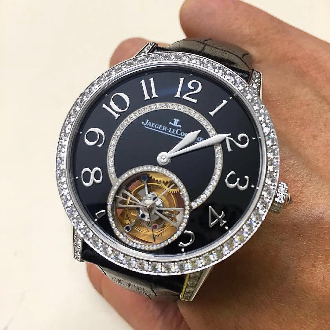 Time for a Rendez Vous ?? @jaegerlecoultre #rendezvous #tourbillon #diamonds #whitegold #luxury #watchfam #watches #watchporn #watchnerd #watchgeek #superhot #watchgame #watchcollector #watchpassion #wotd #jaegerlecoultre by hoursminutesau